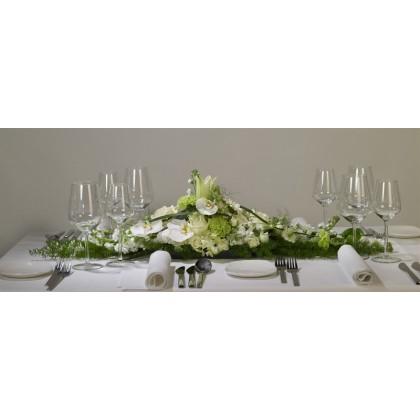 Blomsterdekorationer til aflange borde
