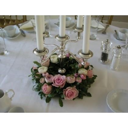 Blomsterkrans til runde borde